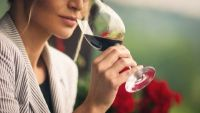 How to Explore Your Glass of Wine