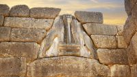 Discovering Mycenae and Knossos