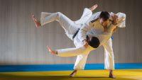 Judo: How to Take a Fall